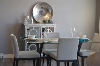 Krzesła do jadalni z podłokietnikami, czy bez?