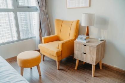 Wnętrze w stylu skandynawskim - jakie fotele wybrać?